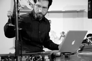 Gordon Fitzell performing live electronics at Ace Art Gallery in Winnipeg on 28 May 2007.